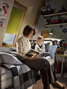 Se zcela zatemňující roletou budete ve vašem podkroví spát, jak dlouho chcete