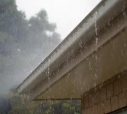 Od příštího roku už dešťovka do kanálu nesmí