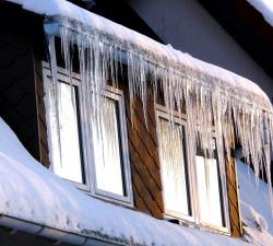 Příprava okapů na zimu