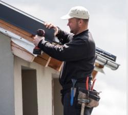 Bezplatné certifikační školení věnované montážím střešních krytin a okapů RUUKKI